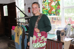 Kirstin had not been on a sewing machine since she was a little girl. She made this beautiful tote for her art supplies.