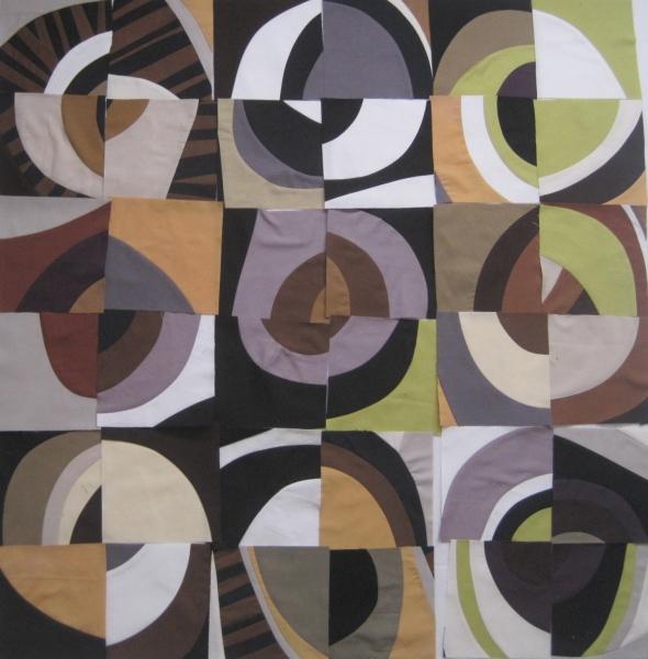 Circles form Curvy Motifs