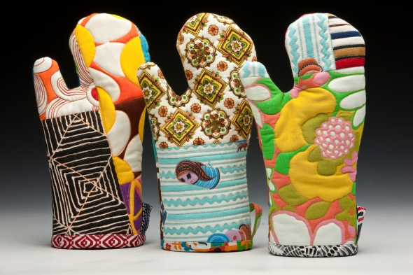 Artful Oven Mitts Full