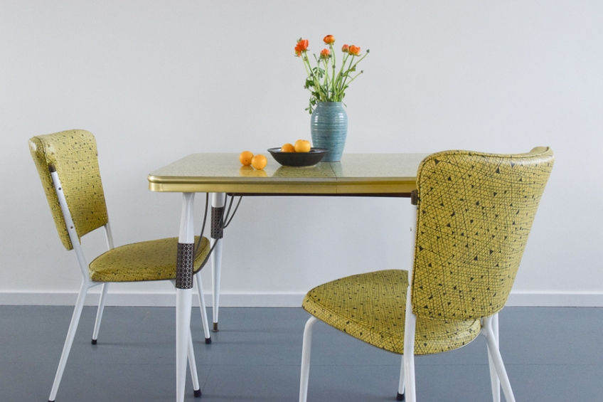 Large Vintage Yellow Atomic Patterned Formica Kitchen Table And